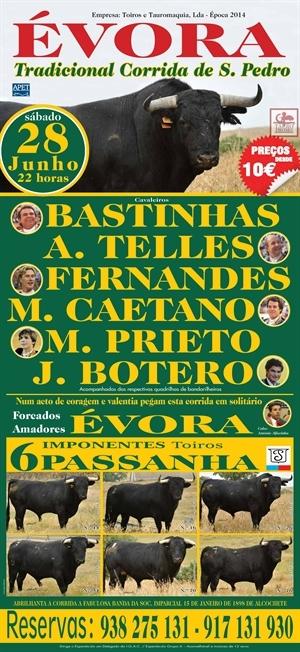 Grande noite de toiros na Corrida de S. Pedro em Évora