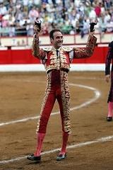 Enrique Ponce em tarde triunfal em Santander