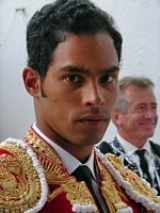 Luis Bolívar em ombros em Manizales - Colombia