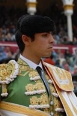 Perera corta uma orelha no México