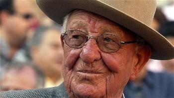 Faleceu o ganadero Don Salvador García Cebada.