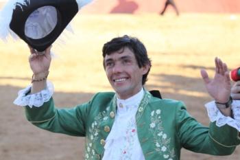 Empresa Tauroleve desvincula-se de Pedro Salvador