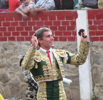Nuno Casquinha Sai Pela Porta Grande em Huaripampa