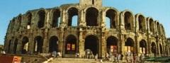 Feira de Páscoa na Cidade francesa de Arles (França)