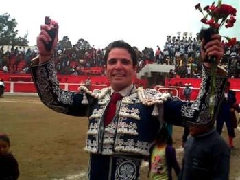 Diogo dos Santos Triunfador em Aycara (Peru)