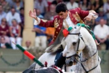 João Moura Jr, triunfa em Vitoria