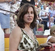 Doña Carmen, aficionada à arte e ao toureio!
