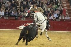 Andy Cartagena triunfa e sai pela Porta Grande